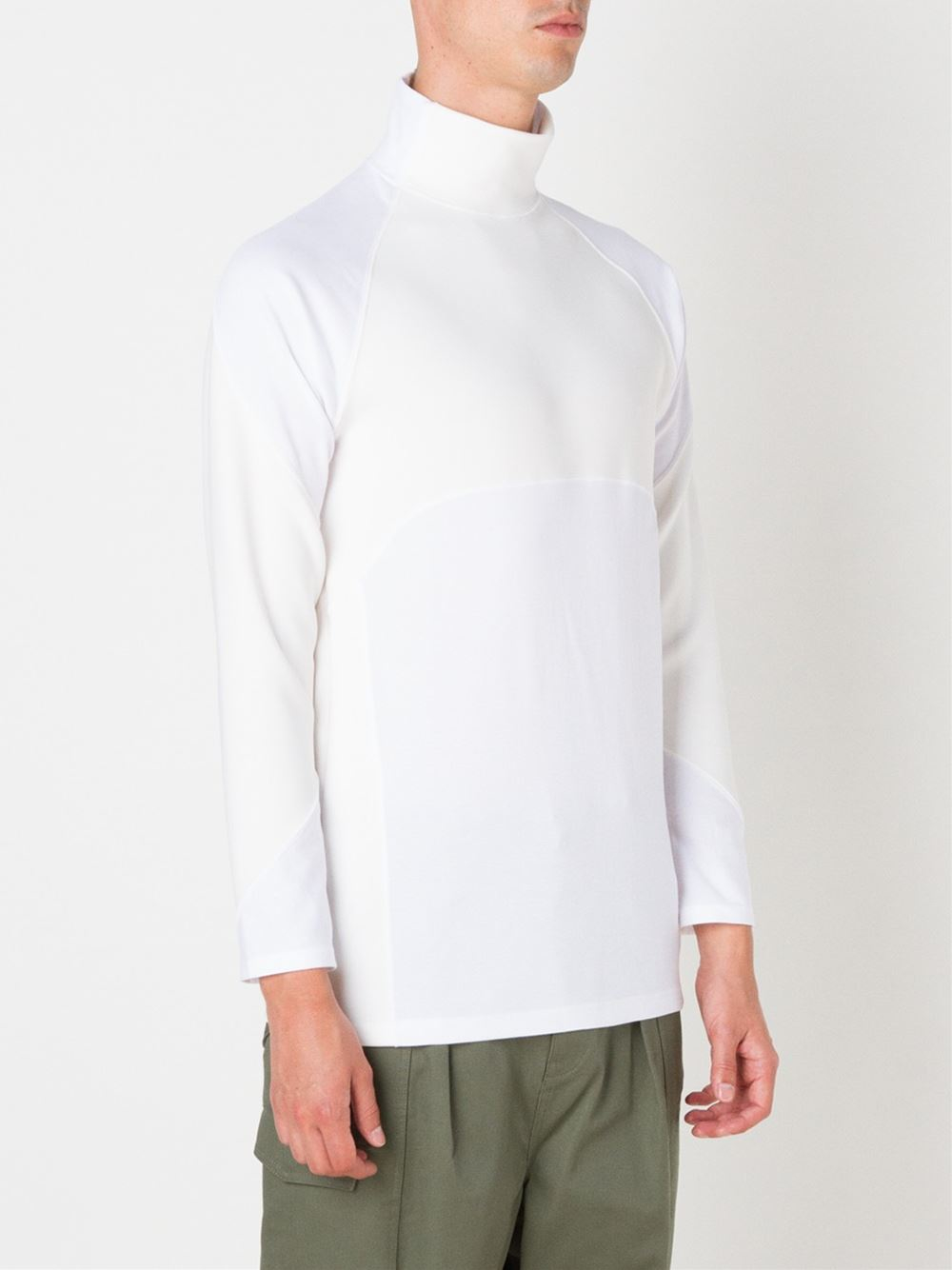 Undecorated Man Turtleneck Long Sleeve T Shirt In White