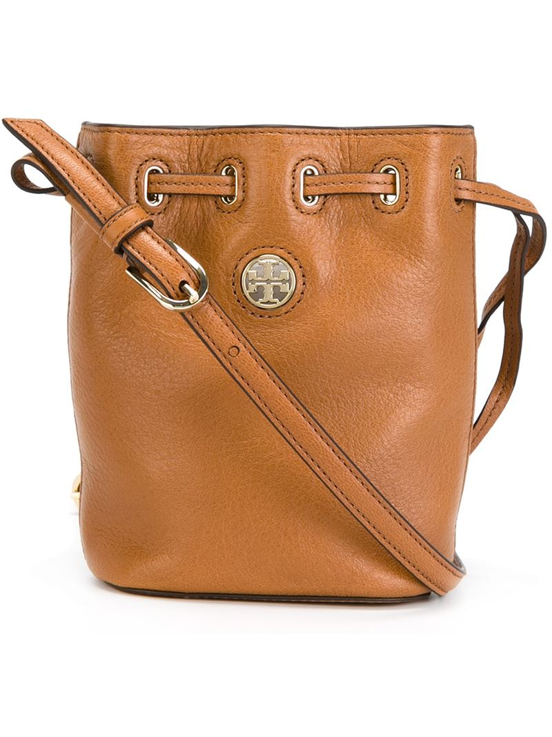 363ad4aacb0 Lyst - Tory Burch Mini  Brody  Bucket Bag in Natural