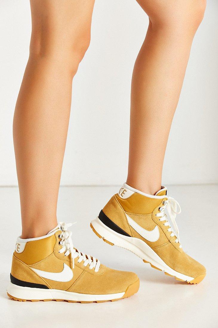 Lyst - Nike Womens Acorra Suede Sneakerboot In Yellow-5421