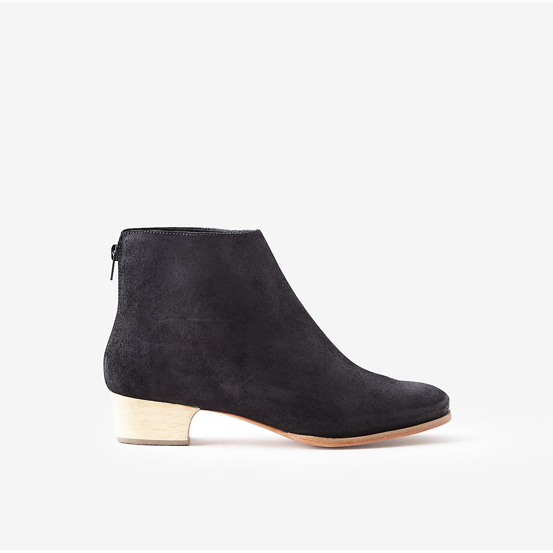 comey typer mid heel boot in black black