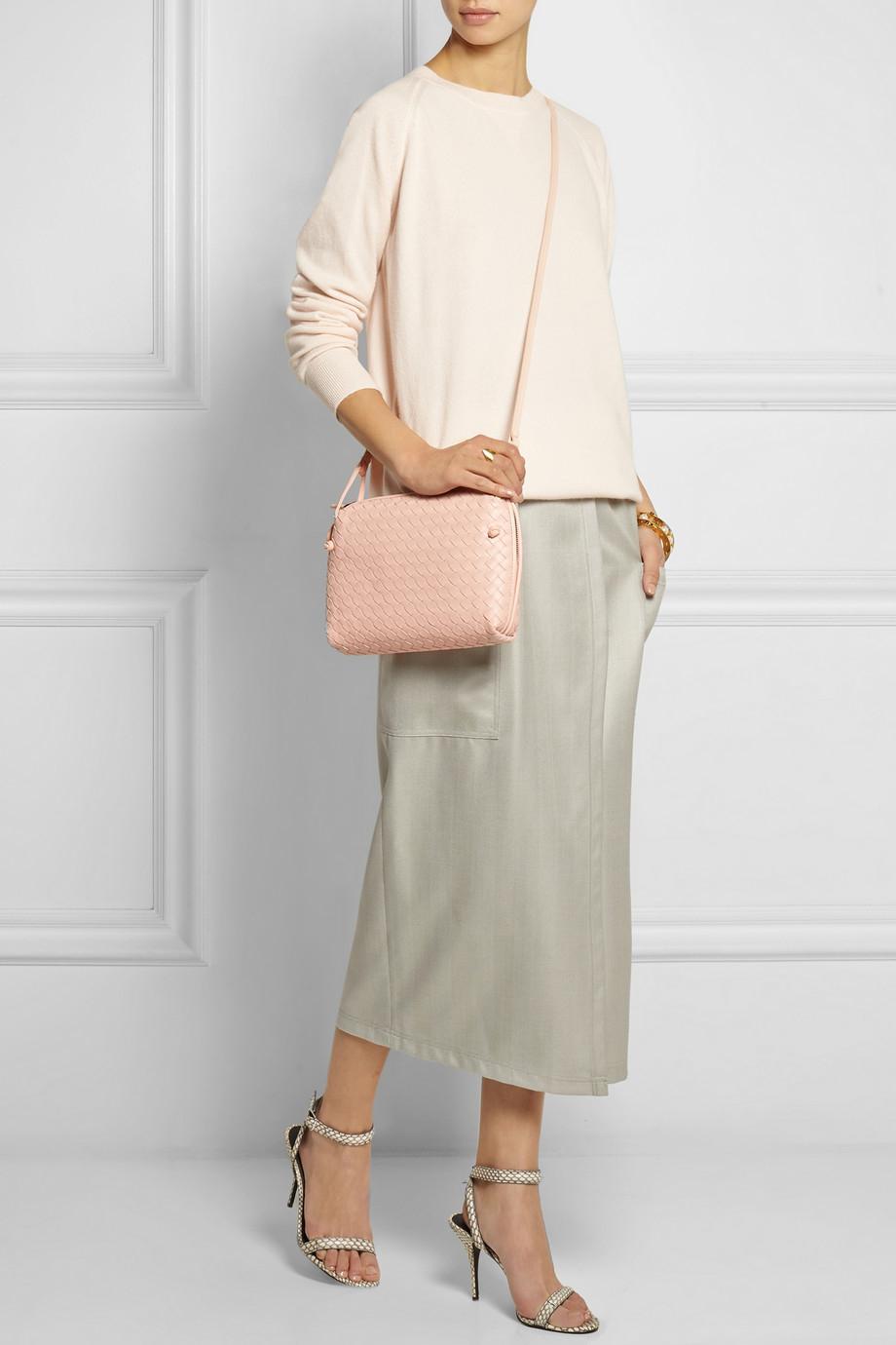61a256142a15 Bottega veneta Messenger Intrecciato Leather Shoulder Bag in Pink .