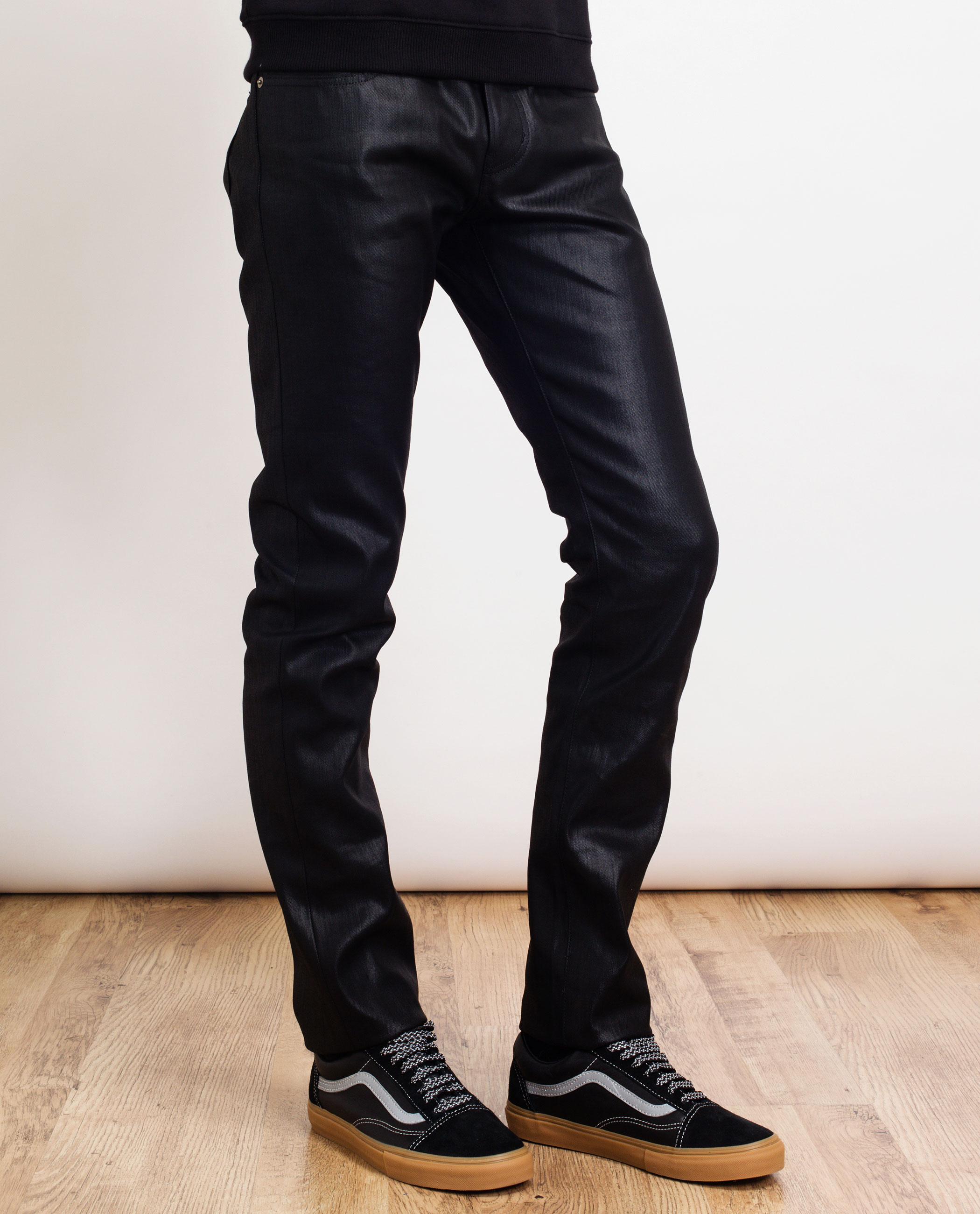 The straight leg or straight fit jeans for men is your straightforward classic with a little extra legroom and a lower rise than the regular fit jeans for men! Regular fit allows the maximum amount of room among all the other styles in men's jeans.