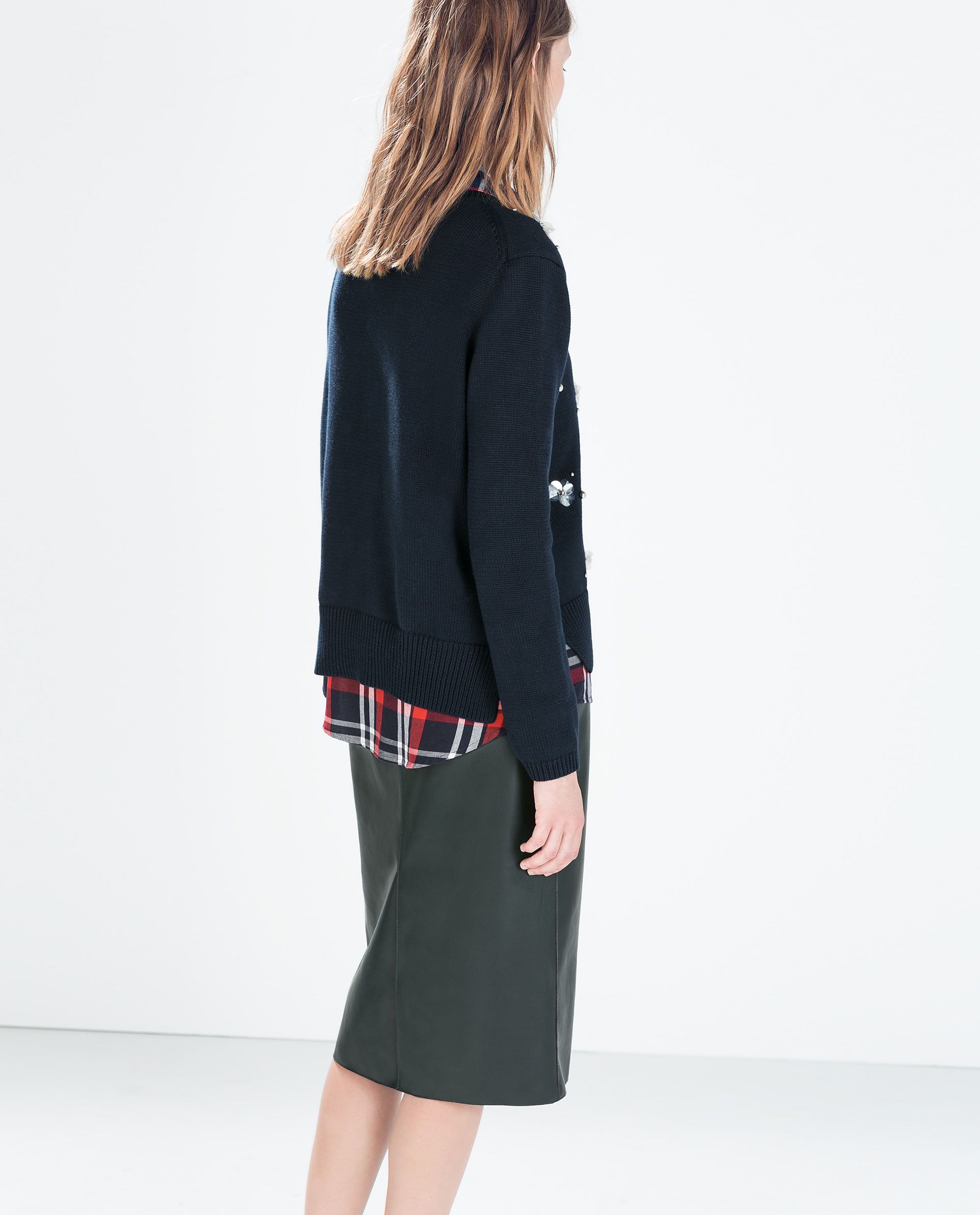 zara synthetic leather pencil skirt in green lyst