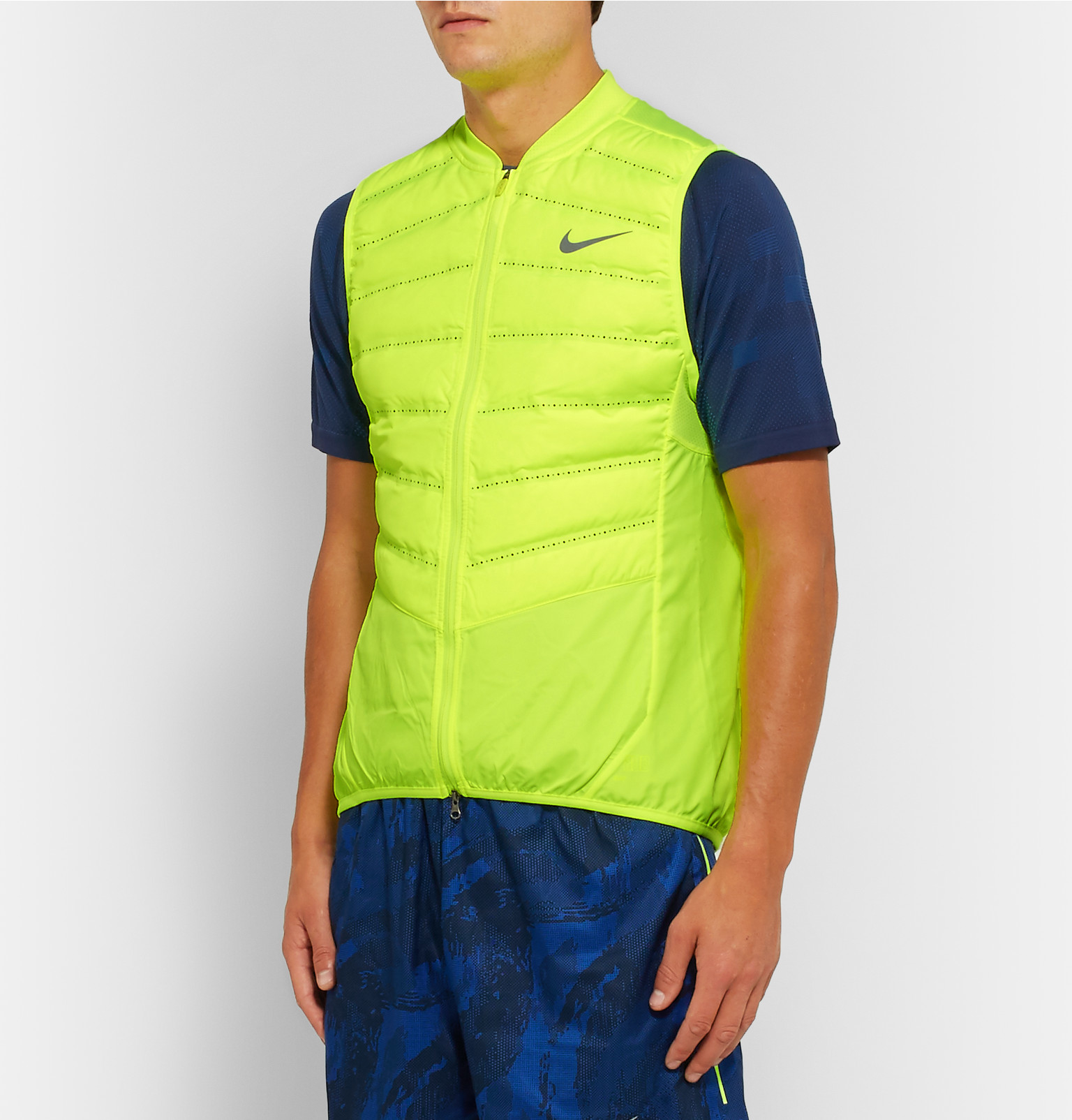 c610a269ad86 Nike Aeroloft 800 Quilted Shell Down Gilet in Green for Men - Lyst