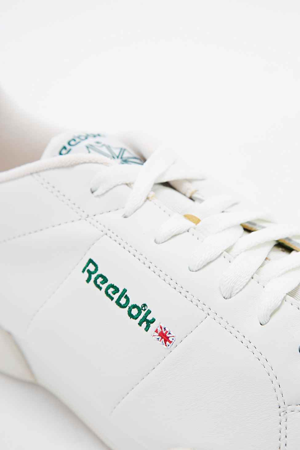 1c24c424 Reebok Npc Vintage Trainers In White And Green for men