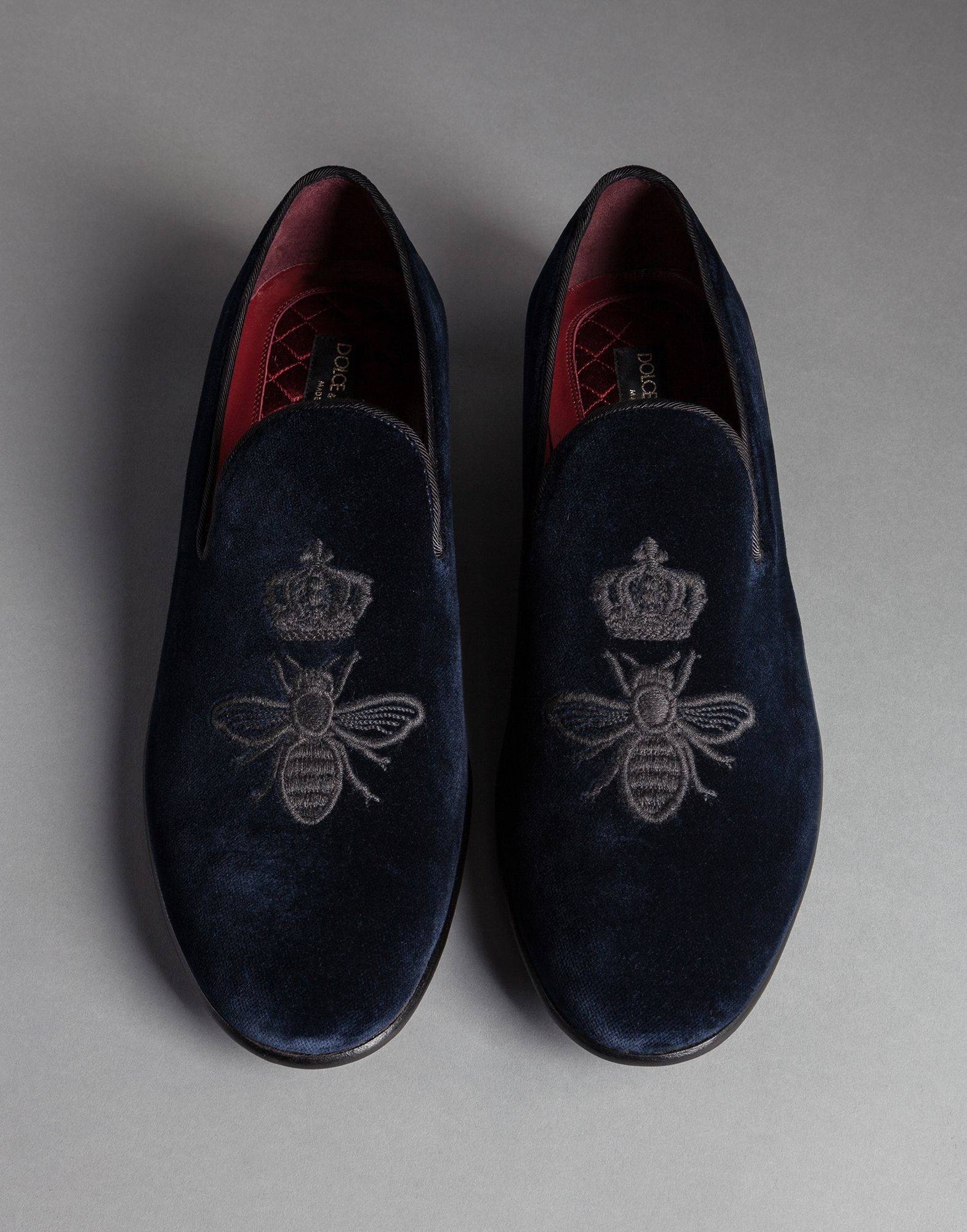 e5d98b8302 Dolce & Gabbana Crown And Bee Embroidered Velvet Milano Slippers in ...