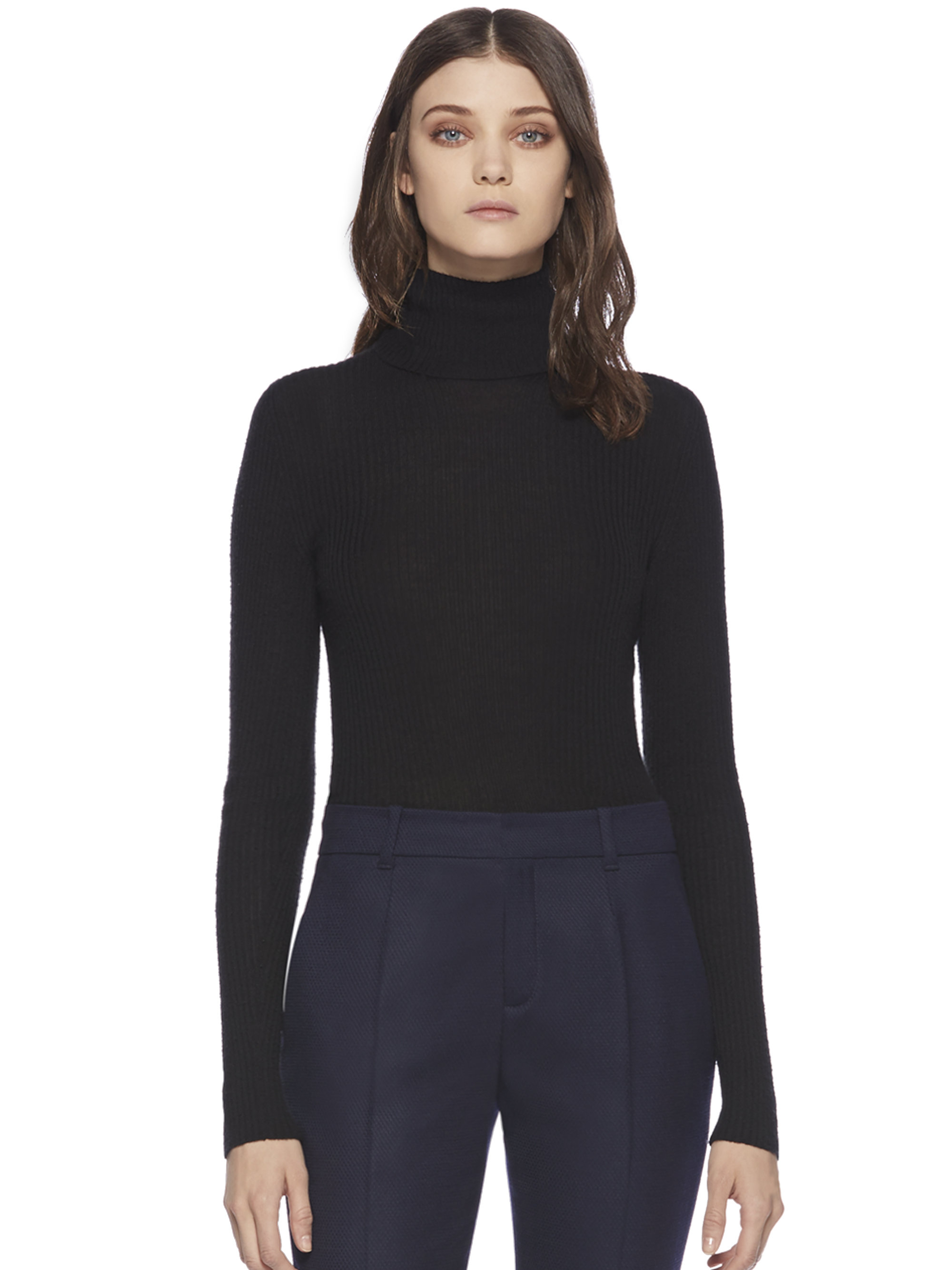 These Military Surplus Mock Turtleneck thermal shirts are very high quality and extremely warm. Made from a moisture wicking blend of materials that is tightly stitched, stretchy & soft to the touch. These undershirts are worn by U.S. Military.