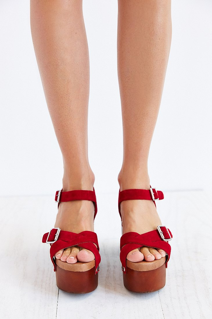 Lyst Jeffrey Campbell Peasy Wood Bottom Heel In Red