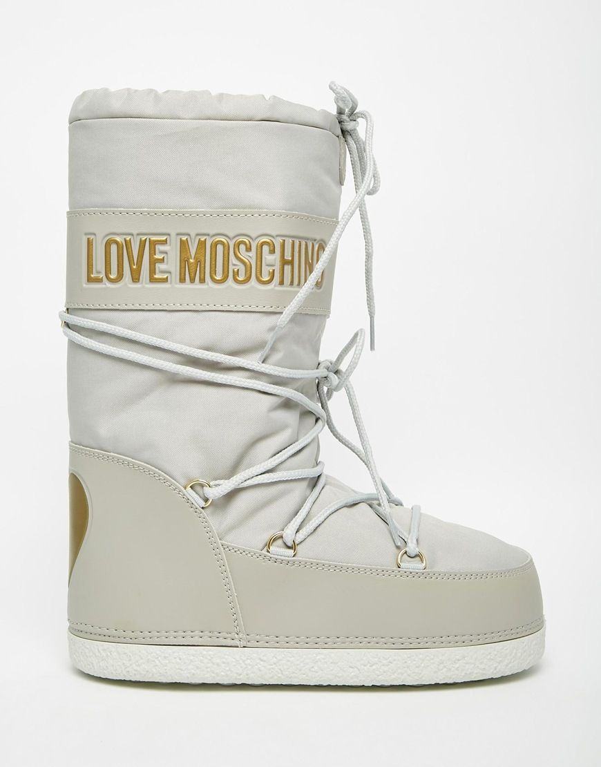 free delivery big selection 60% clearance Love Moschino Beige Snow Boots in Natural - Lyst