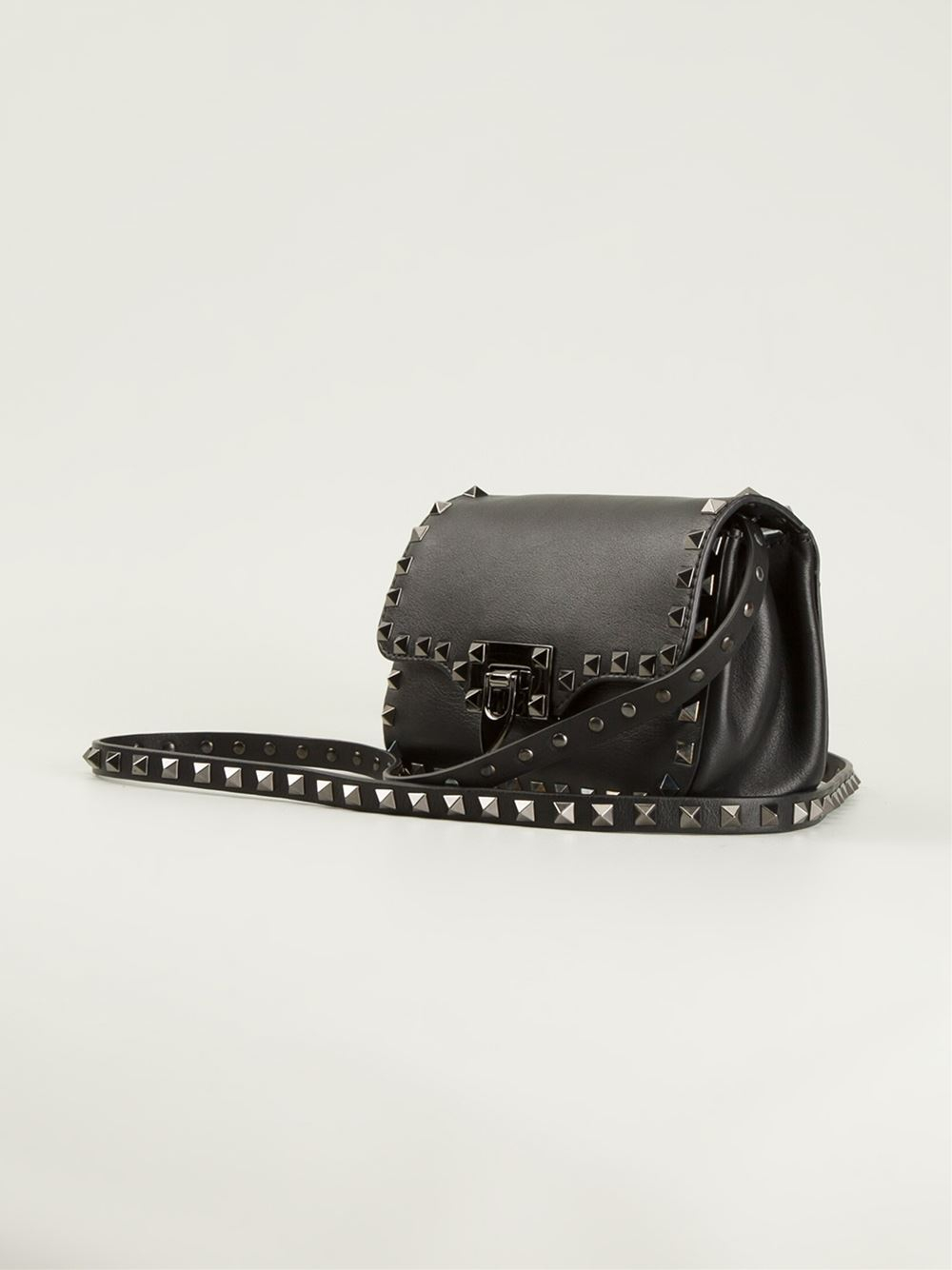 177965b3b Gallery. Previously sold at: Farfetch · Women's Valentino Rockstud Bags