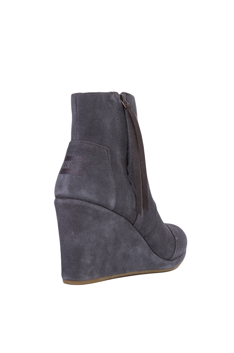 toms s desert wedge high ankle boots in gray