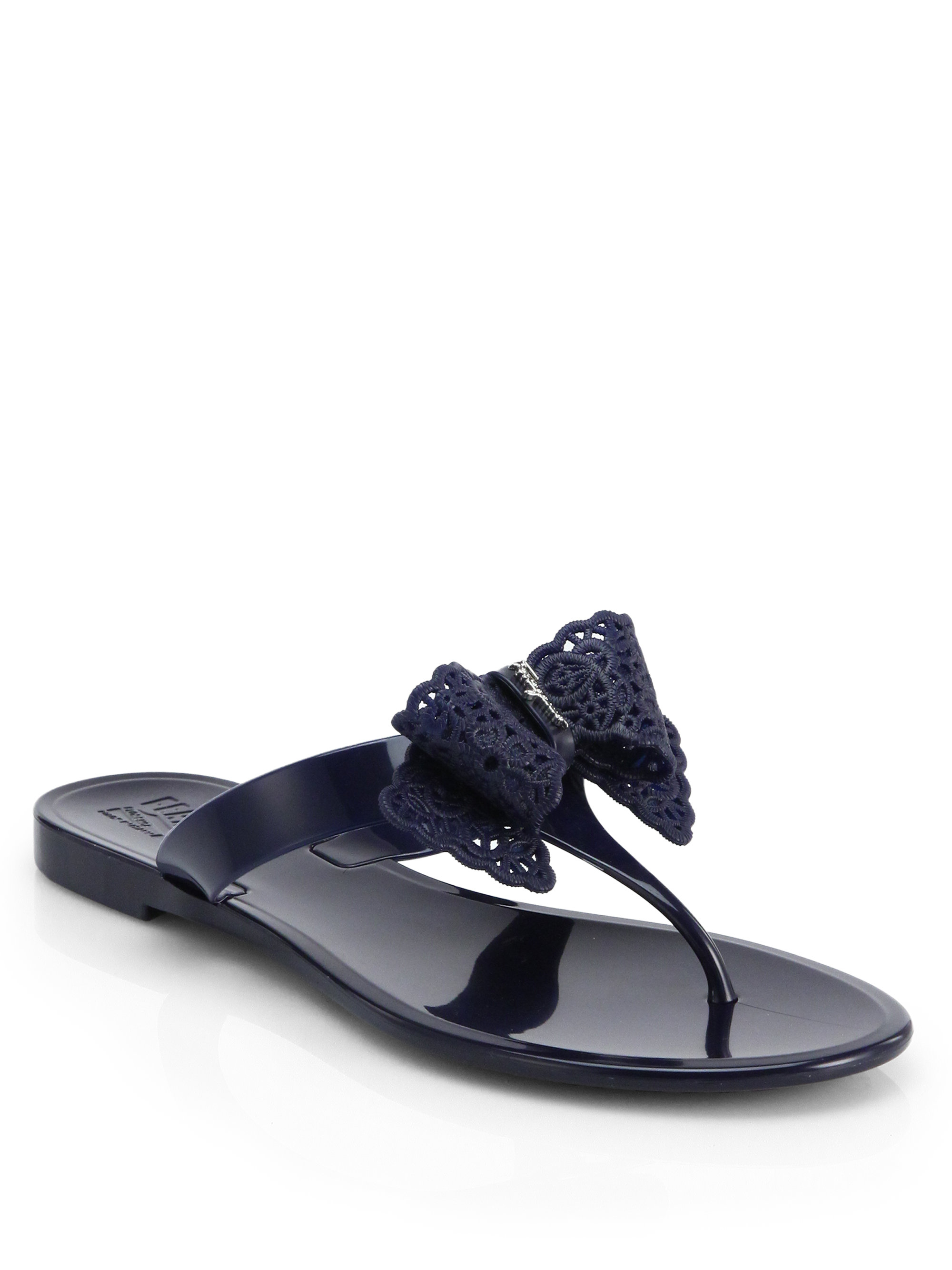 Ferragamo Pandy Bow Jelly Thong Sandals In Black Oxford