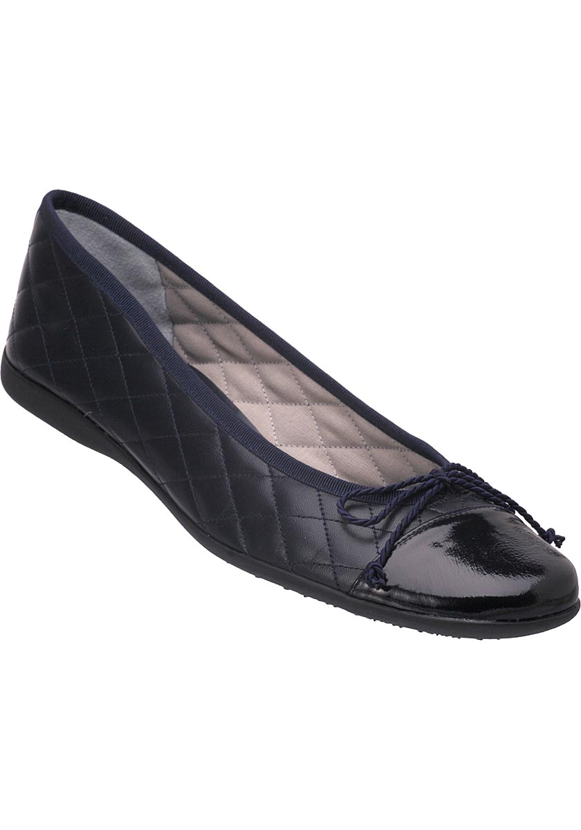 sole passport ballet flat navy leather in blue lyst