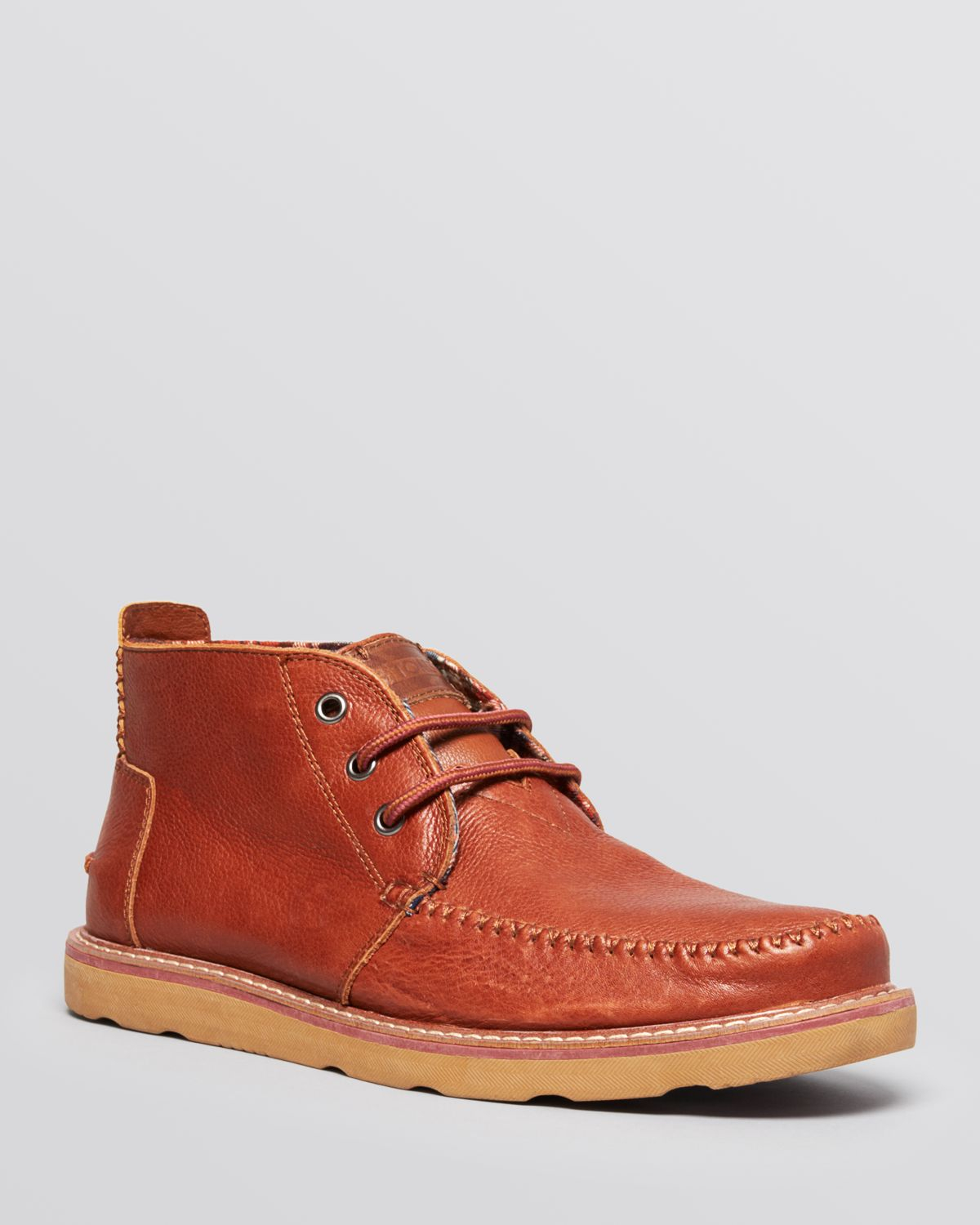 toms leather chukka boots in brown for chocolate lyst