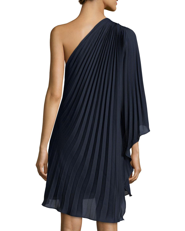 Halston One-shoulder Plisse Cocktail Dress in Blue