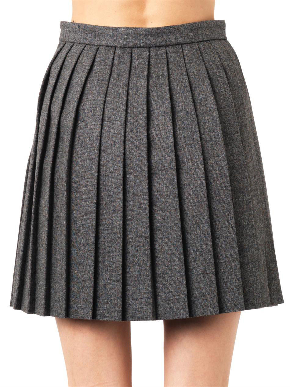 Short Pleated Skirts