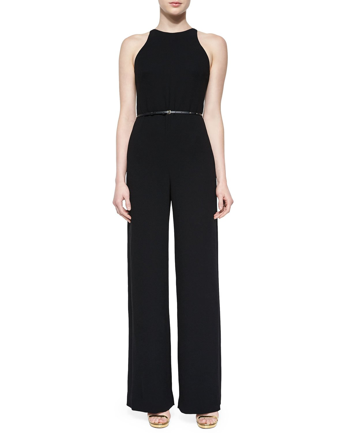 The Learning to Fly Black Jumpsuit is as fun as it is cute, adding adjustable halter ties to a sexy wrap bodice. Pocketed pants end in elastic cuffs/5(K).