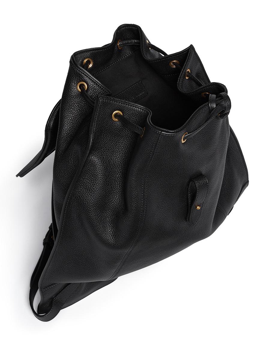 Alexander McQueen Skull Padlock Leather Backpack in Black