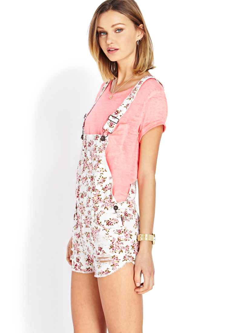 3755381acca Lyst - Forever 21 Distressed Floral Overall Shorts in Pink