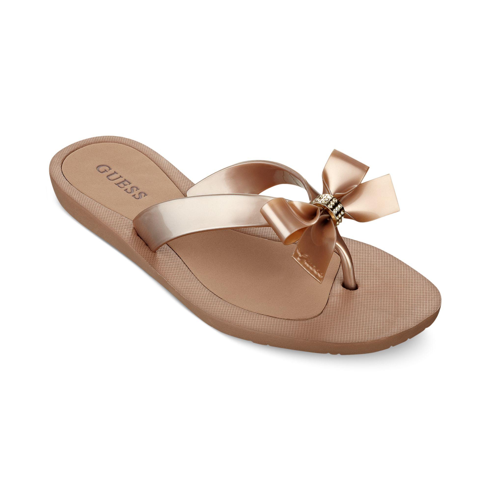 3ebe1aa5d Lyst - Guess Womens Tutu Thong Sandals in Metallic