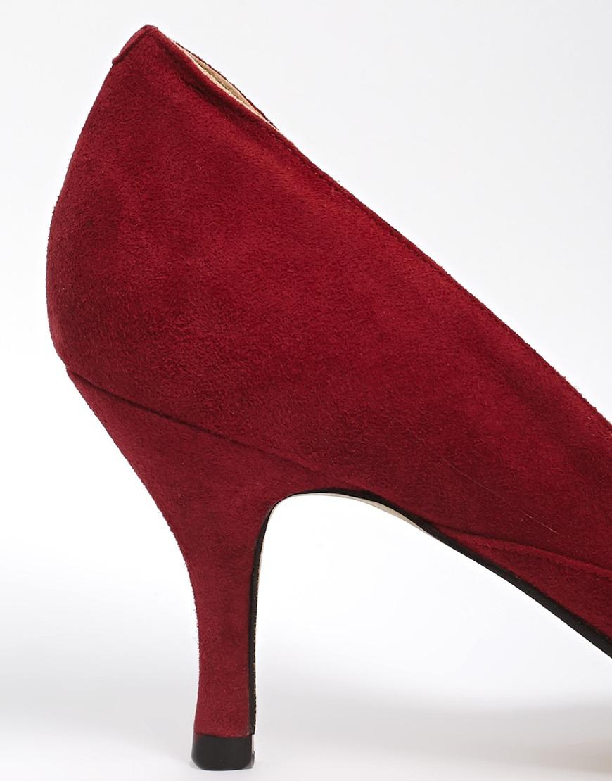 f1452898b5c Lyst - Ganni Janet Suede Kitten Heel Shoes in Red