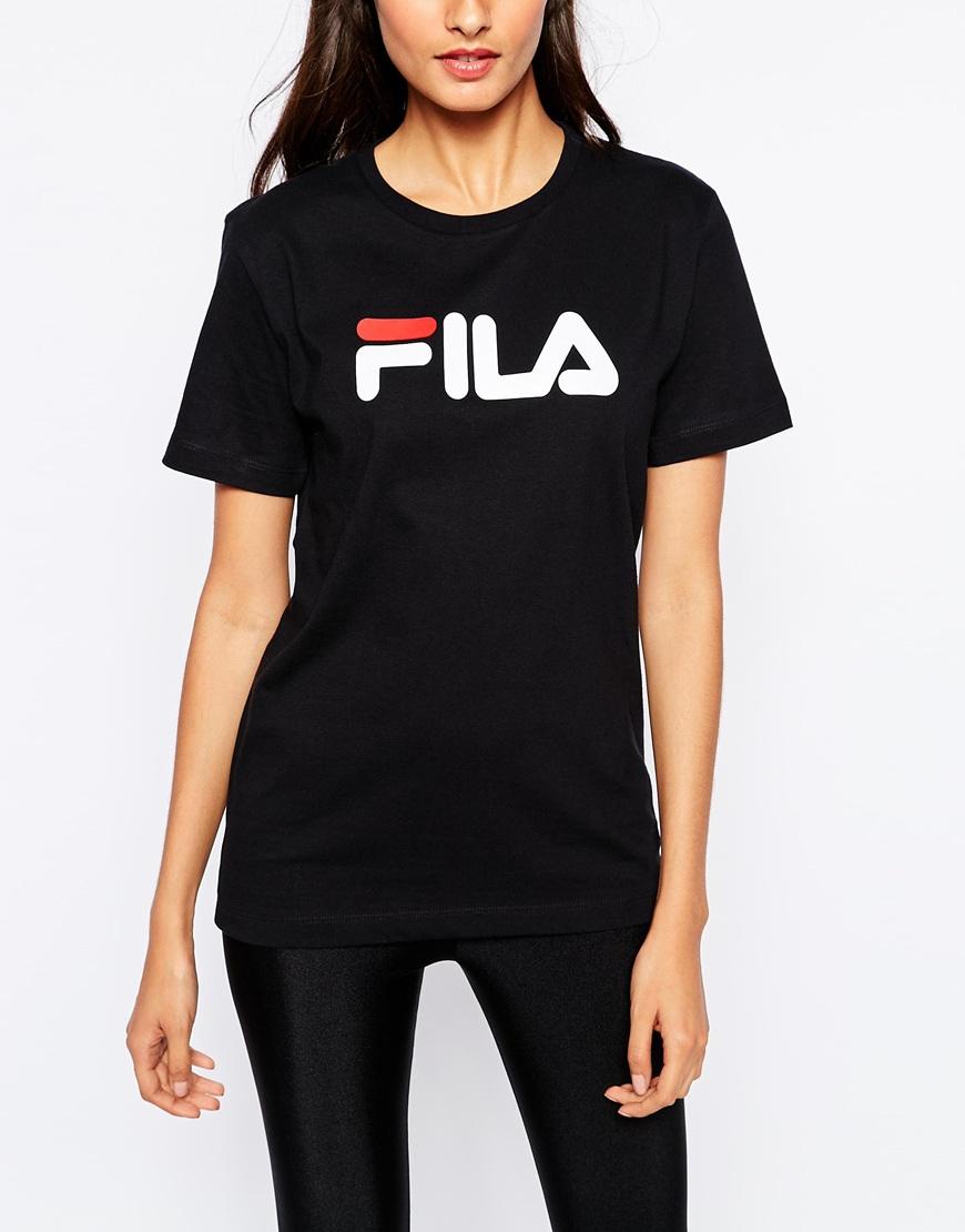 lyst fila oversized boyfriend t shirt with front logo in black. Black Bedroom Furniture Sets. Home Design Ideas