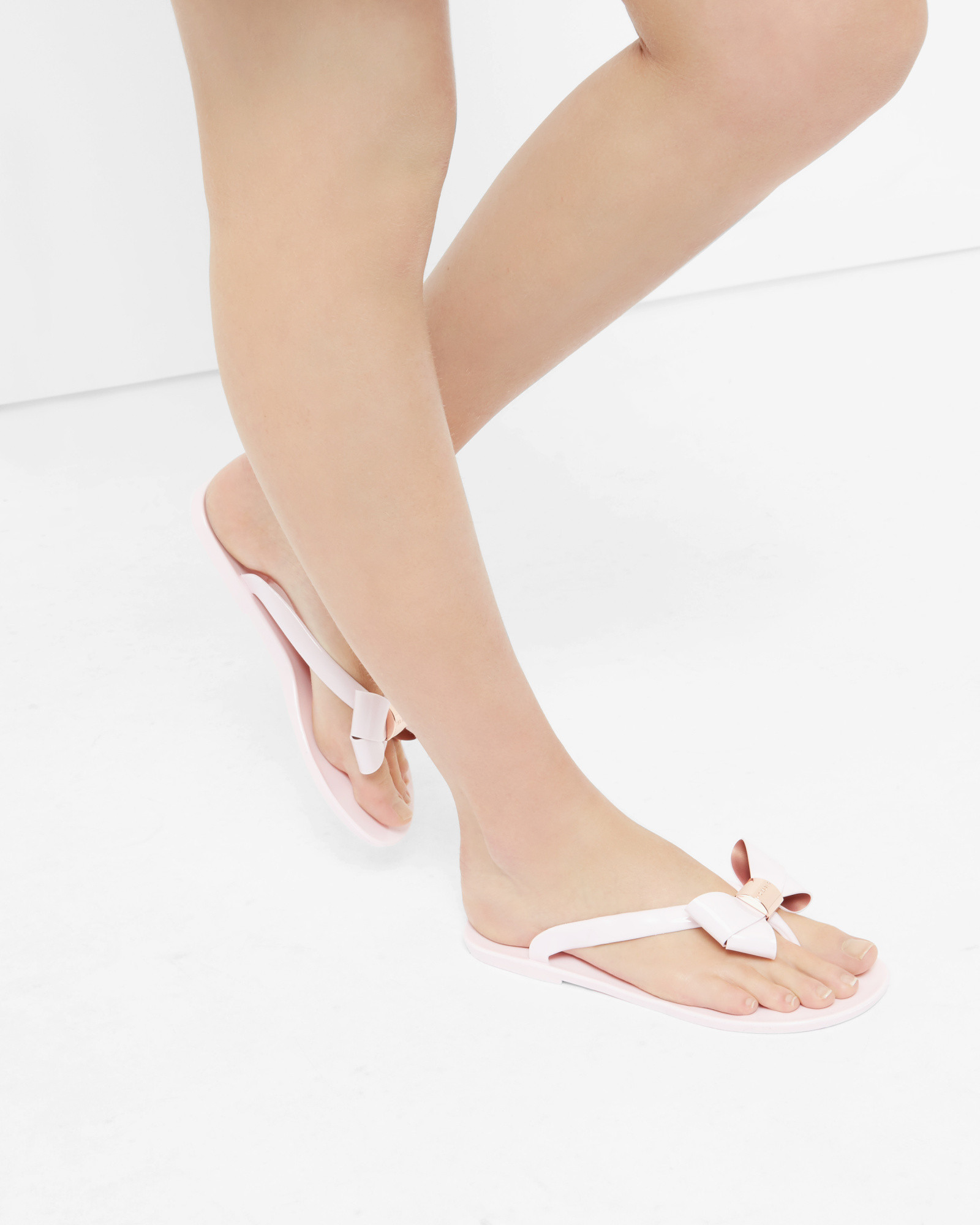 b868233f1b040 Lyst - Ted Baker Bow Flip Flops in Pink