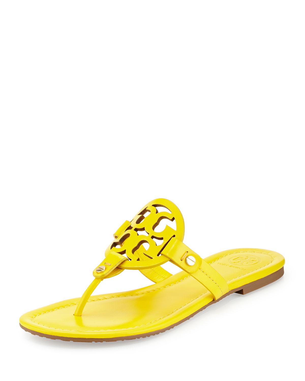What To Wear Yellow Flat Shoes Women
