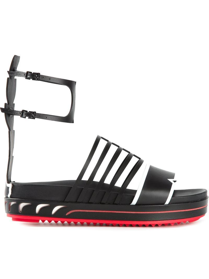 ec5d082de9fc Lyst - Fendi  fashion Show  Flat Sandals in Black