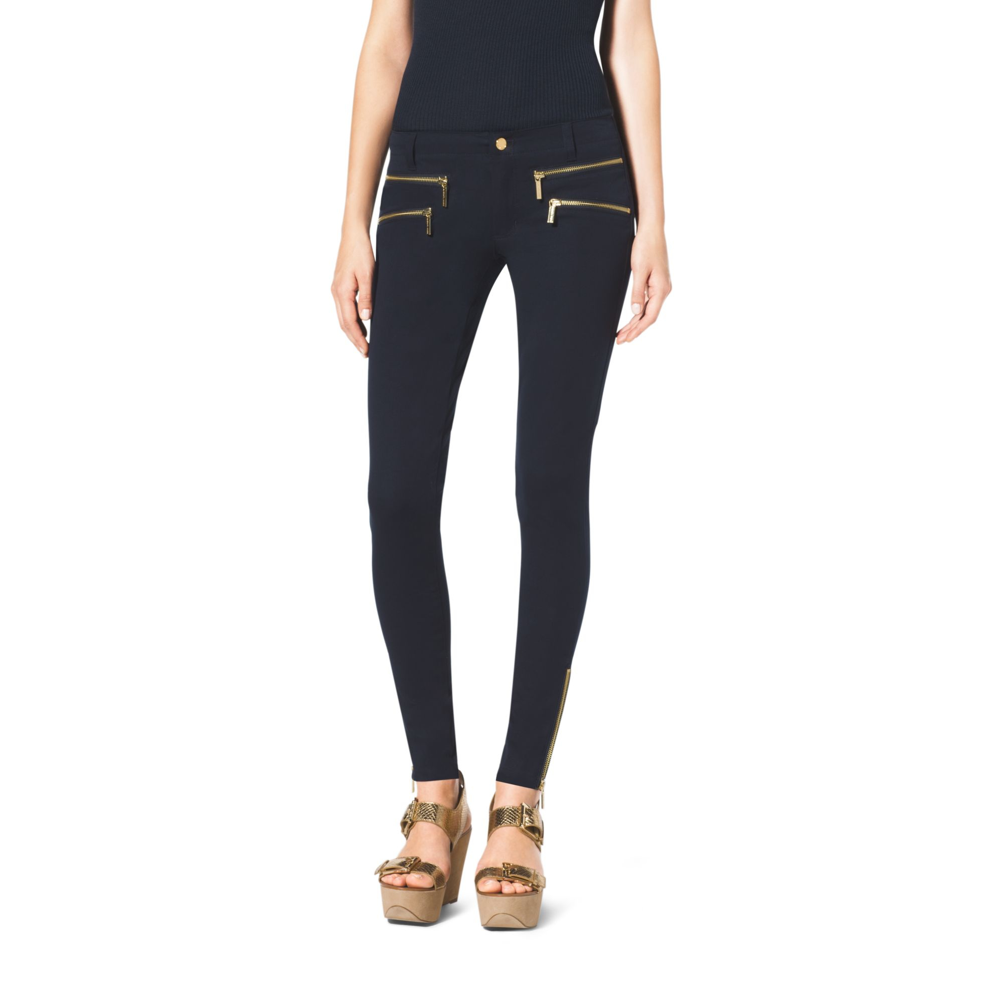 Skinny jeans with zip pockets