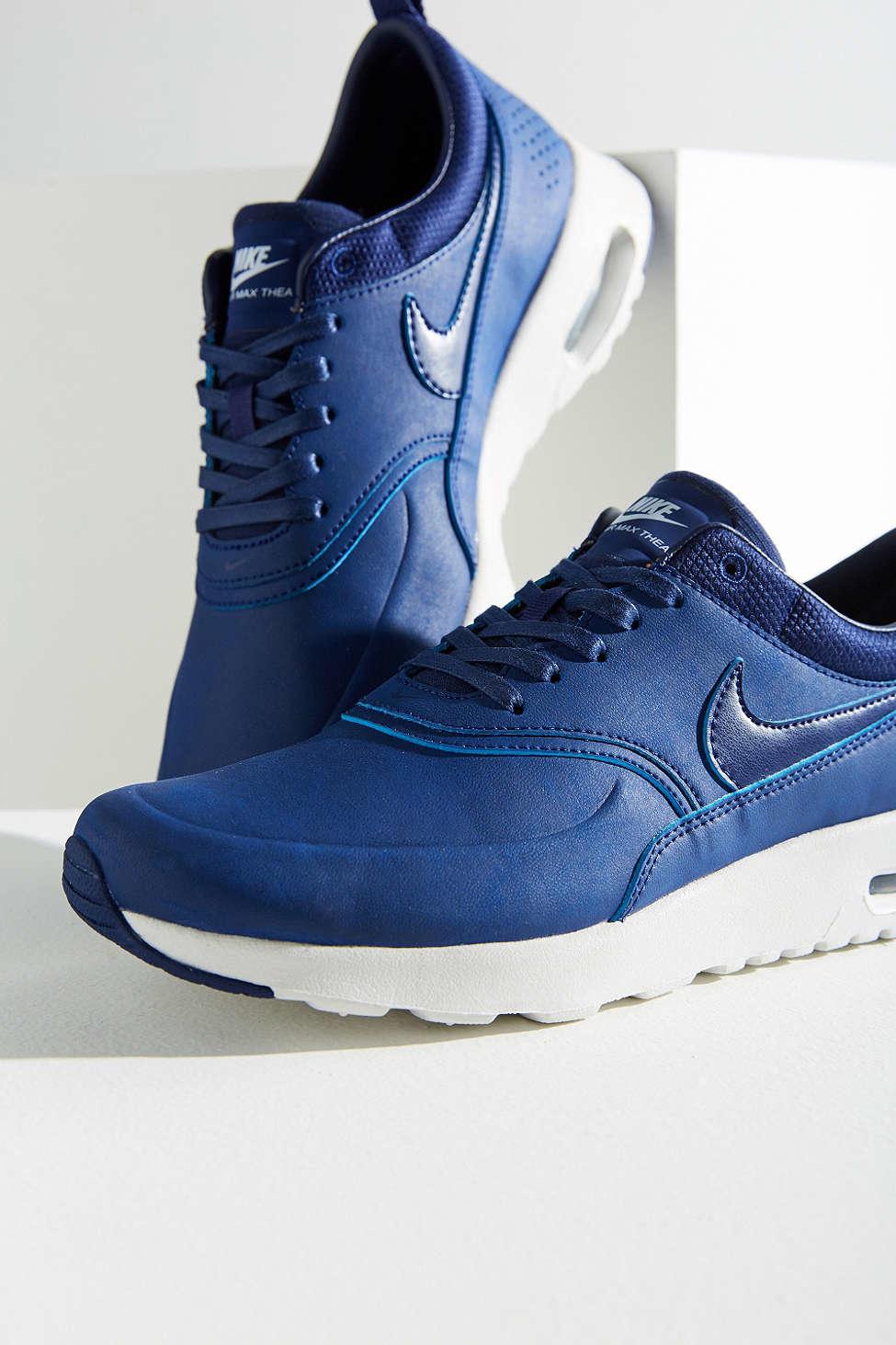 Air Max Thea Premium Sneaker