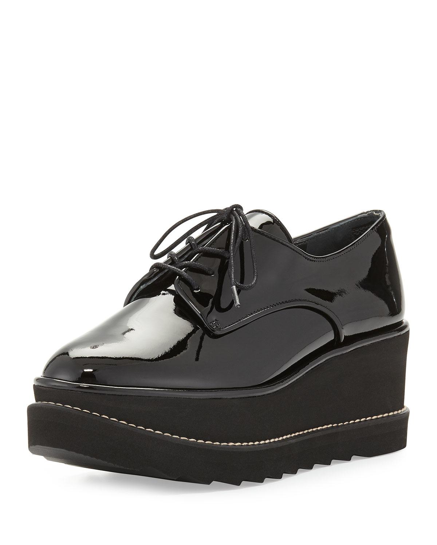 Lyst - Stuart Weitzman Pipekent Patent Platform Oxford Shoes in Black e56006cc5
