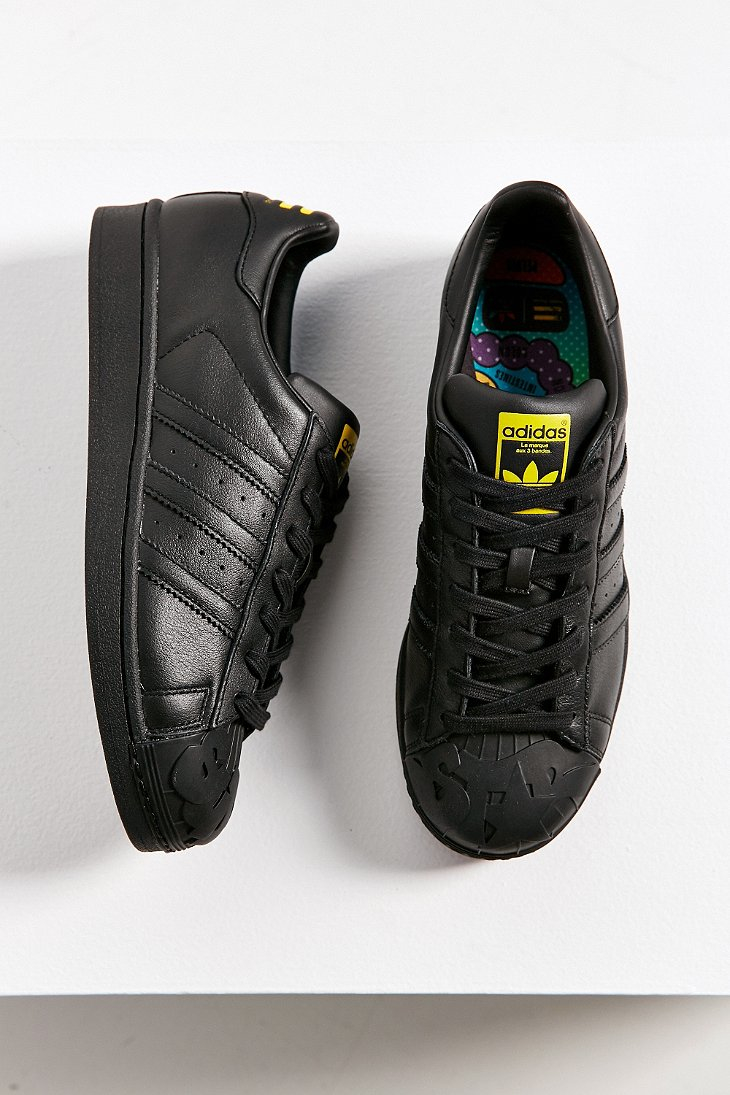 1232dabc22de Gallery. Previously sold at  Urban Outfitters · Women s Adidas Superstar  Supershell ...