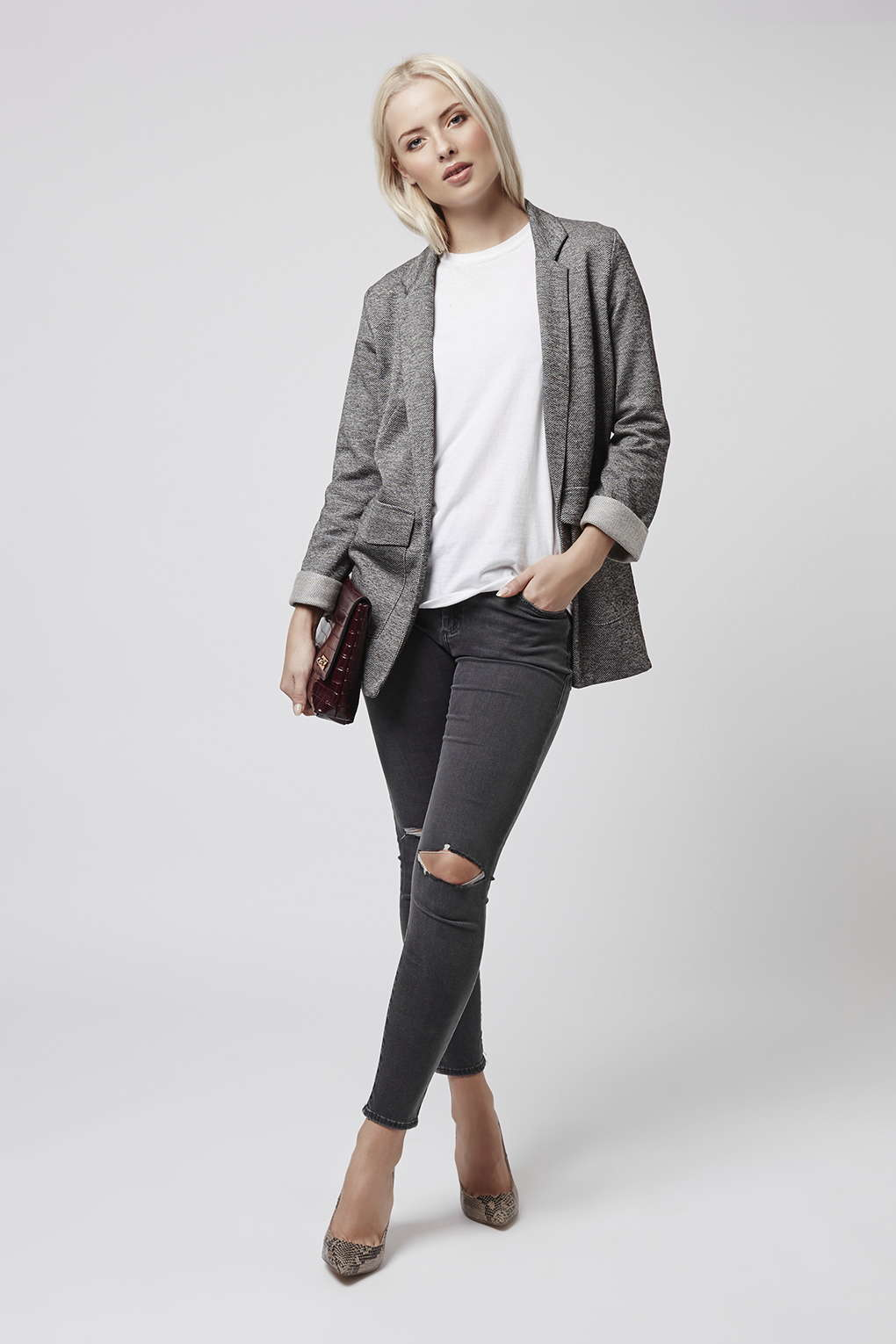 topshop moto dark grey rip leigh jeans in gray lyst. Black Bedroom Furniture Sets. Home Design Ideas