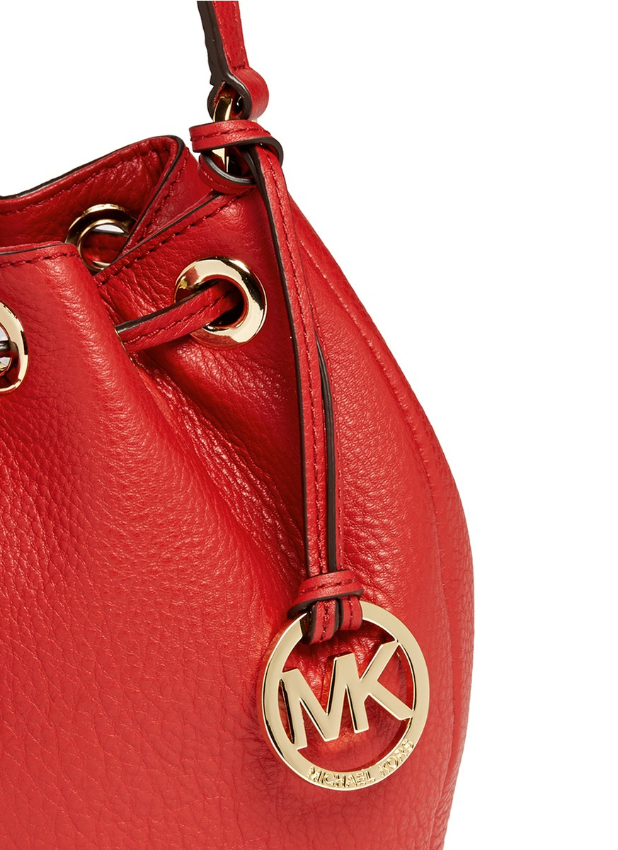 4c0d4452d424 ... promo code for michael kors jules leather crossbody bucket bag in red  lyst 7db51 01795