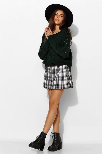 tripp nyc pleated plaid micro mini skirt in black black
