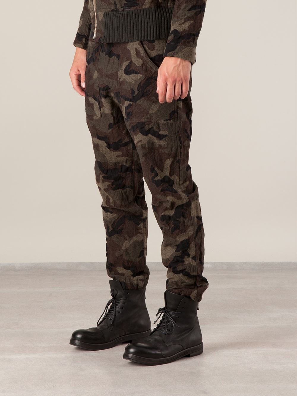 Sage De Cret Military Trousers in Green for Men