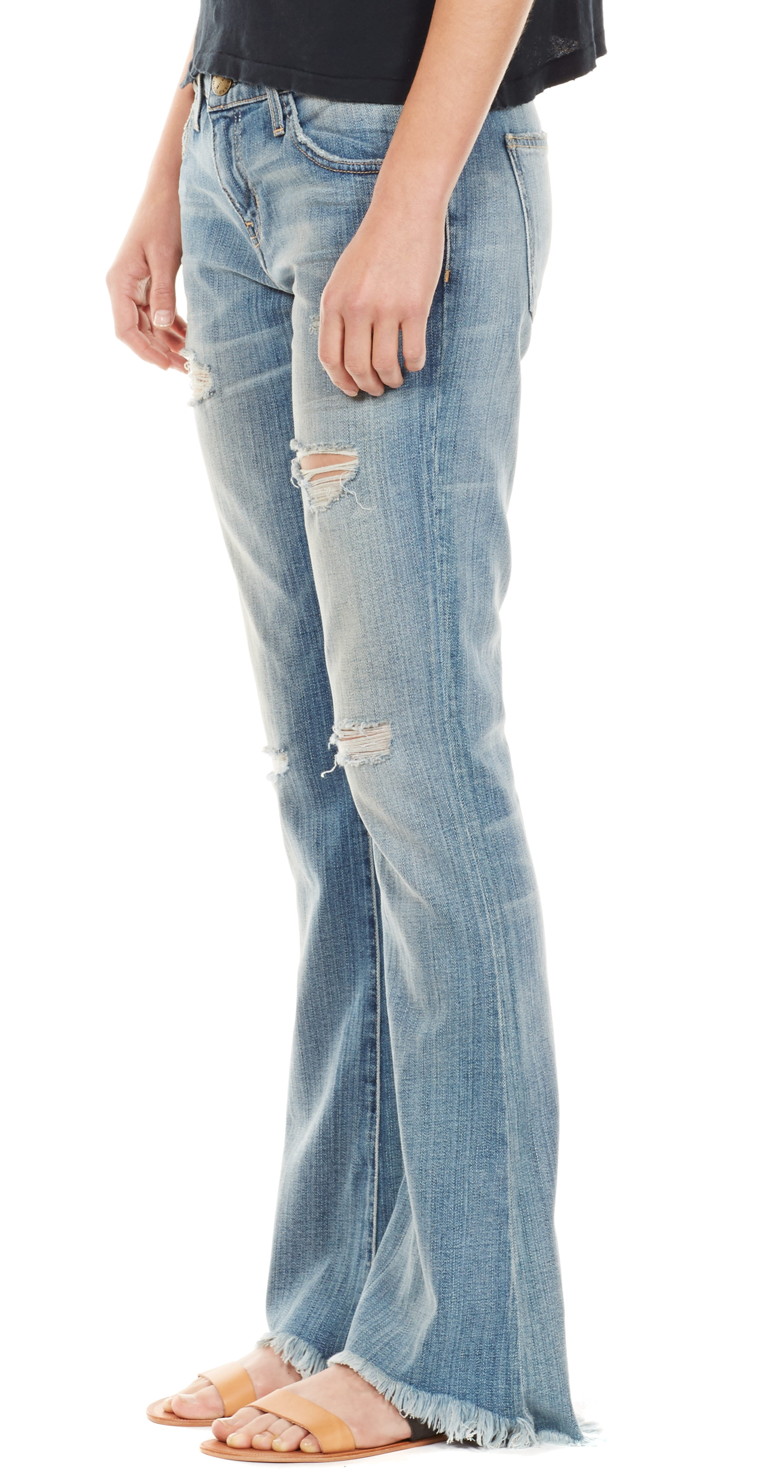 Bootcut jeans with flip flops