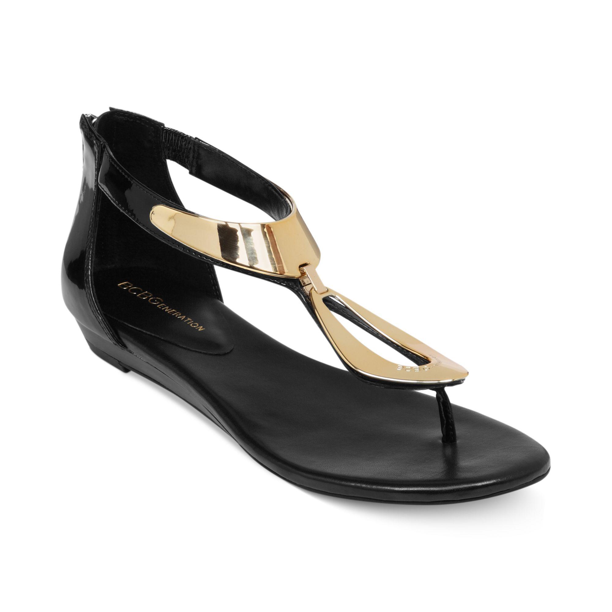 Flat Black Sumpvz Bcbgeneration In Sandals Thong Anais Lyst cJKTlF13