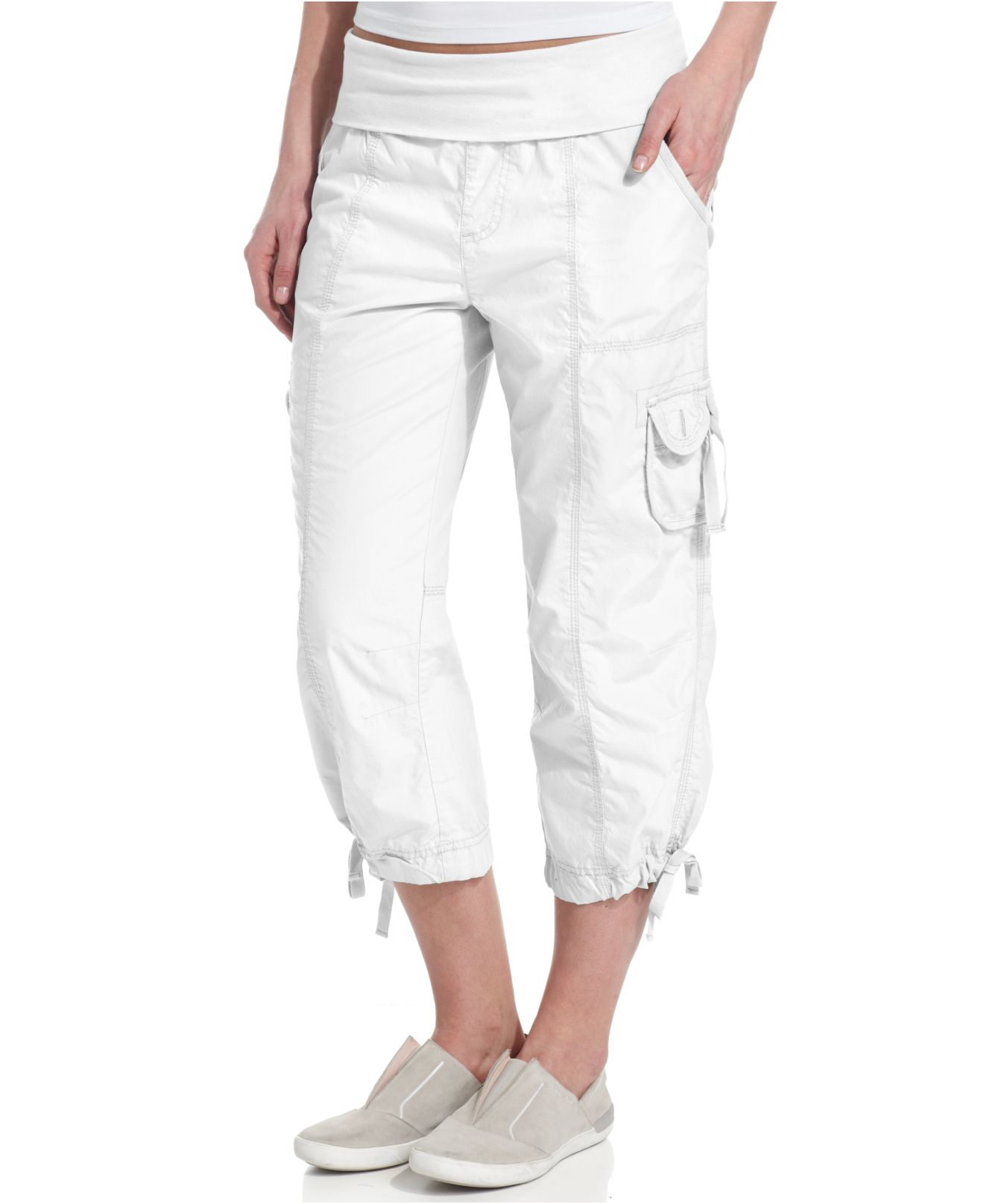 Calvin klein Performance Cropped Capri Pants in White | Lyst