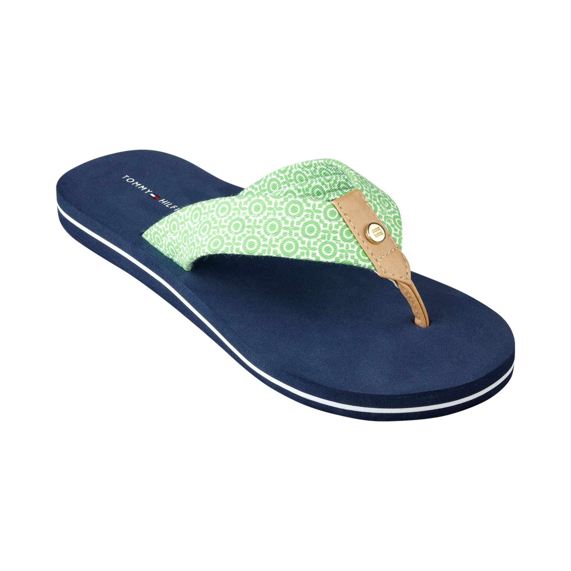 tommy hilfiger womens corrale flip flops in green green print lyst. Black Bedroom Furniture Sets. Home Design Ideas