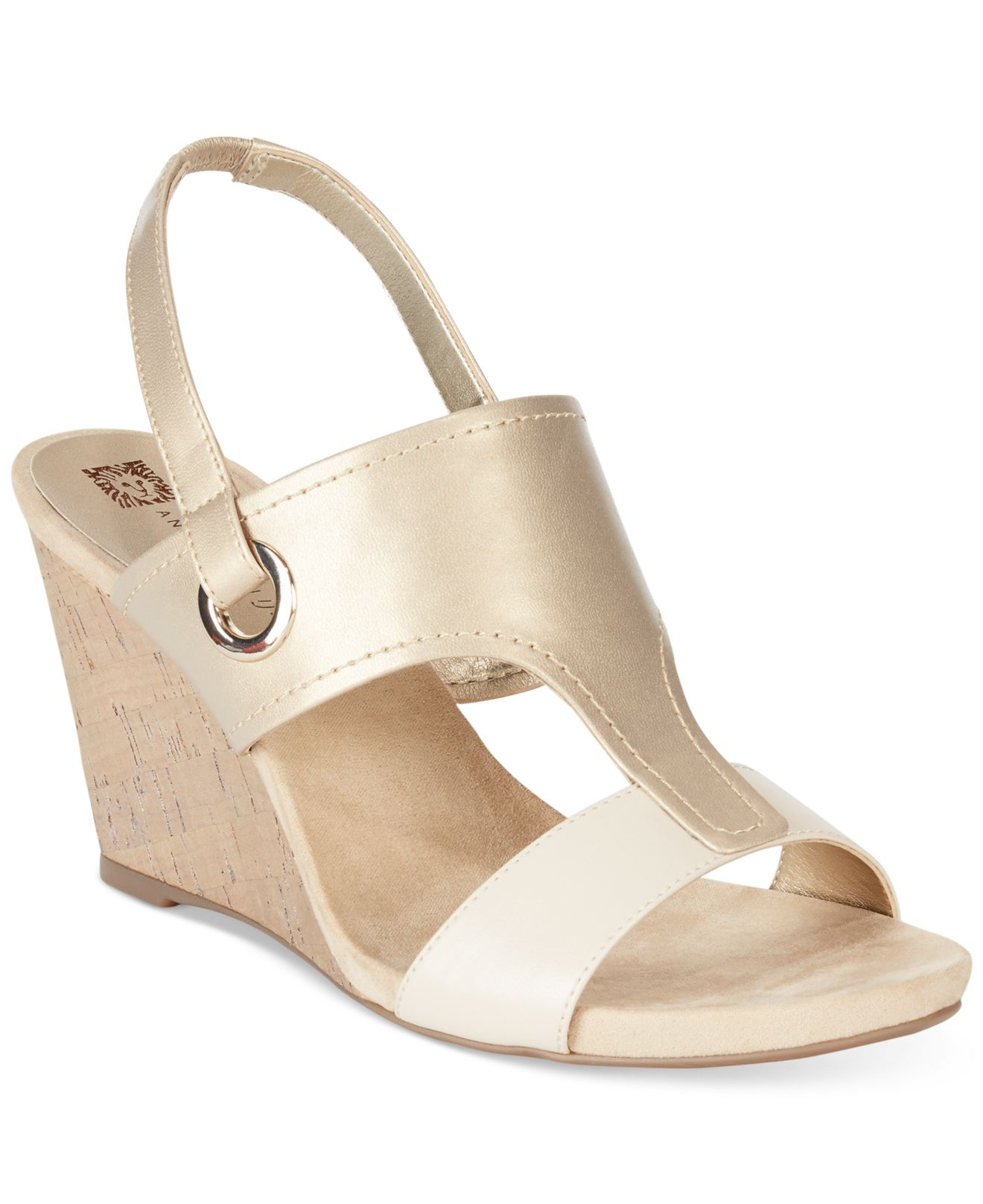 Anne Klein Leni Wedge Sandals In Natural Lyst