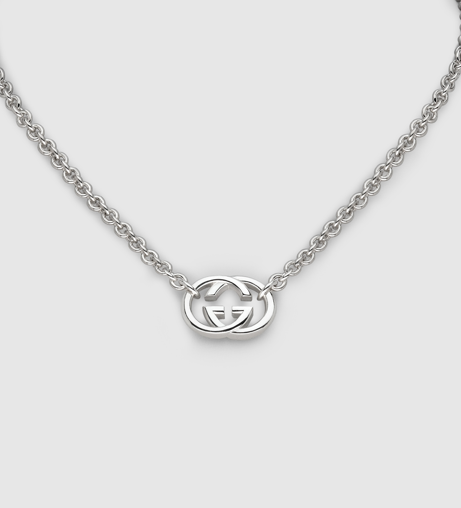 Gucci Necklace With Interlocking G Motif Pendant In Silver