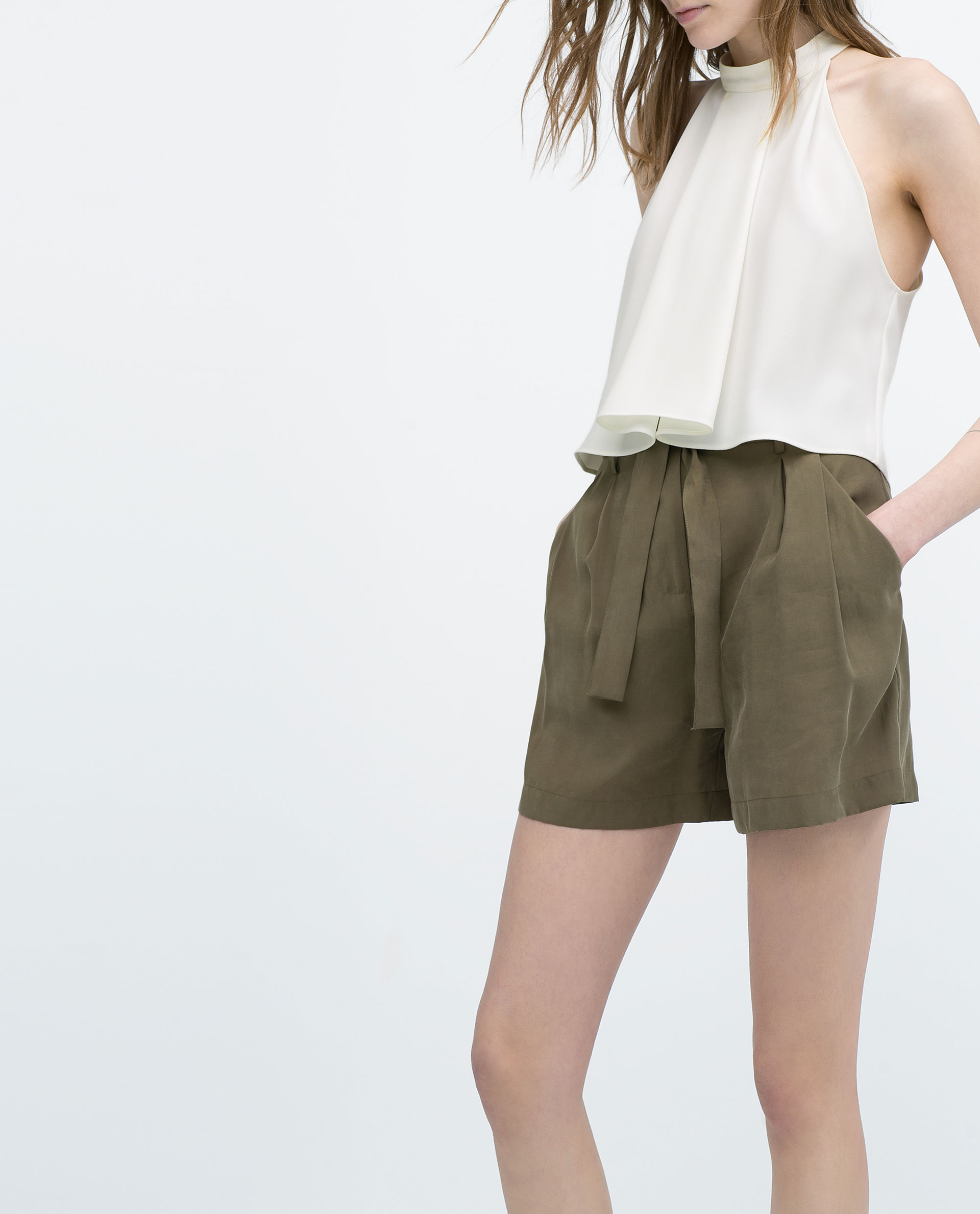 Zara High-Waisted Shorts With Belt in Natural | Lyst