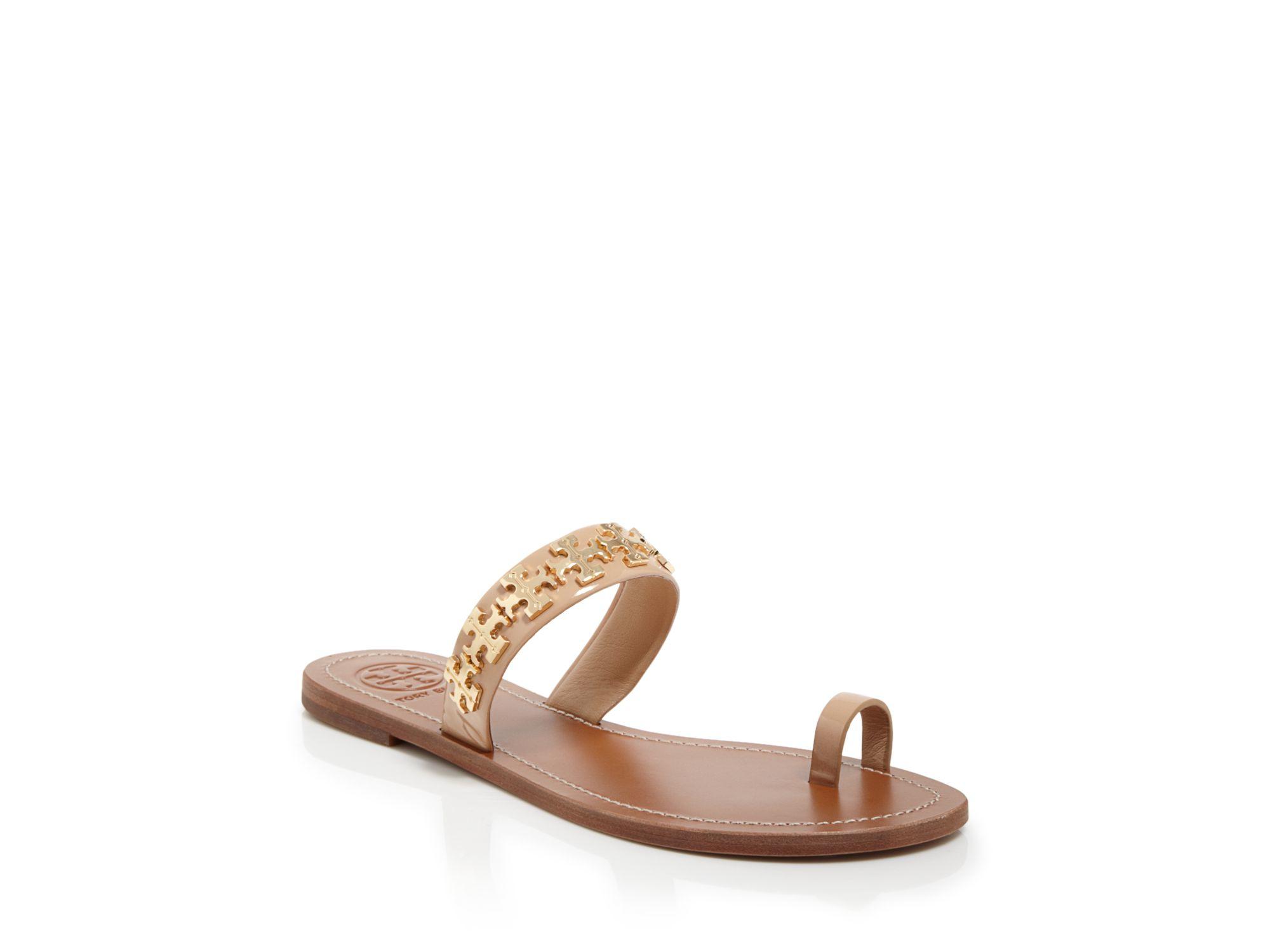 936fb6f0c599 Lyst - Tory Burch Logo Toe Ring Flat Sandals - Val in Pink