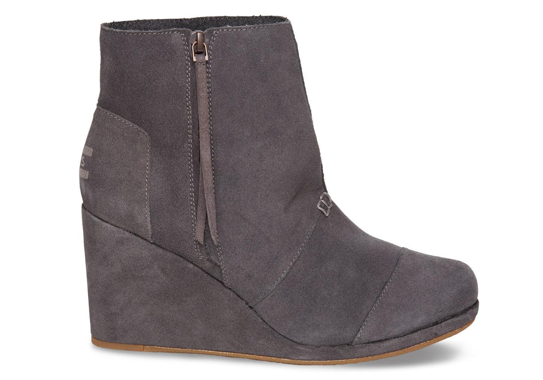 87418e798d9 Lyst - TOMS Dark Grey Suede Women s Desert Wedge Highs in Gray