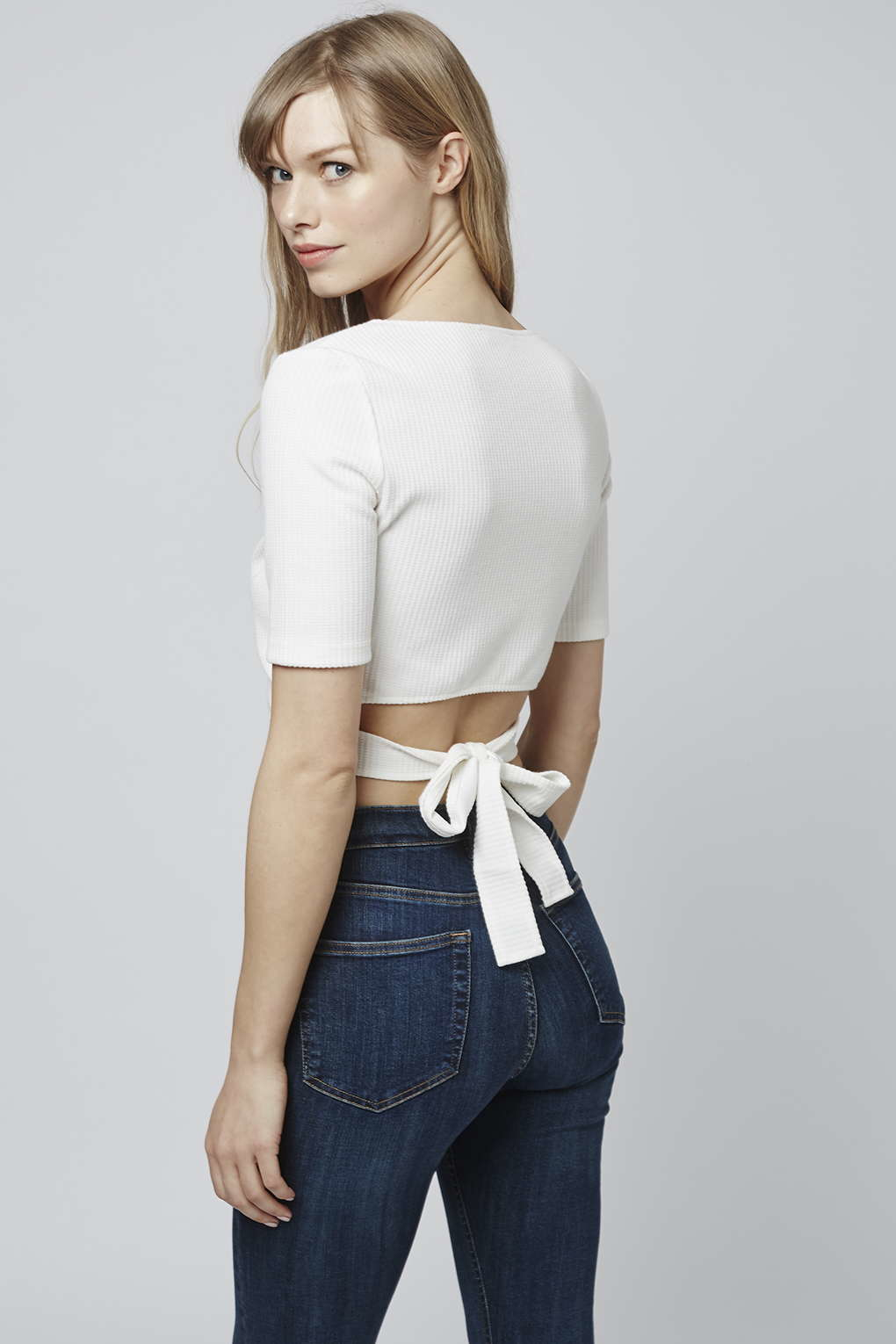 4b4c45c652a22 TOPSHOP Wrap-front Crop-top By Glamorous in White - Lyst