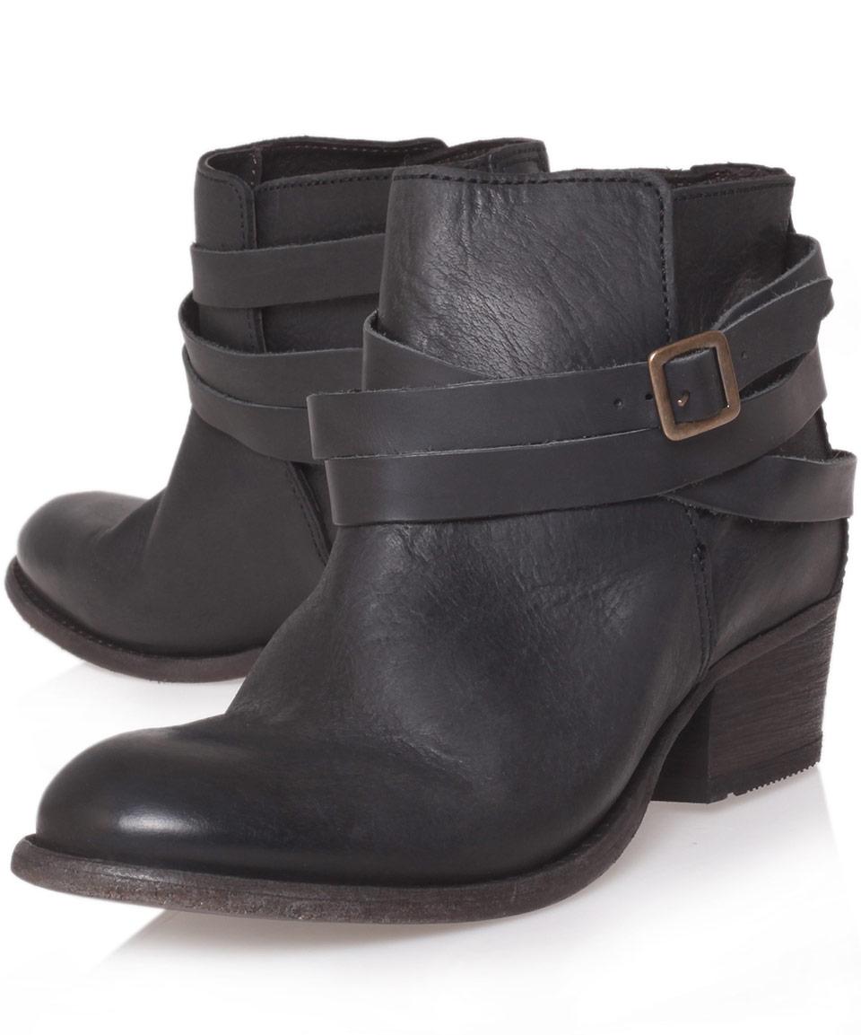 82b20d43bb0 H by Hudson Black Horrigan Low Heel Ankle Boots - Lyst