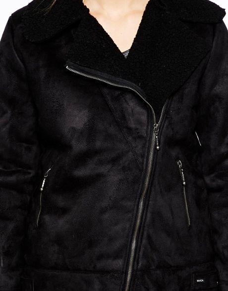 Rvca Wyatt Asymetric Zip Jacket in Black