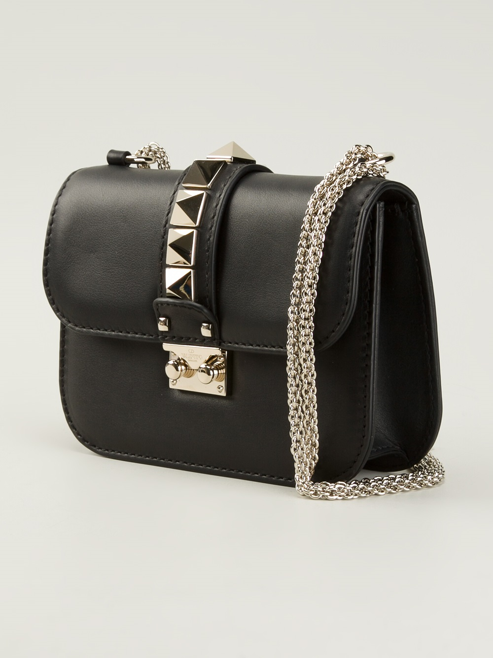 Gallery Previously Sold At Farfetch Women S Valentino Rockstud Bags